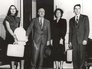 Alabama Gov. Gordon Persons, second from left, and his family entering the governor's mansion at 1142 South Perry Street in Montgomery in 1951. Persons was the first governor to occupy the current mansion. (From Encyclopedia of Alabama, courtesy of Alabama Department of Archives and History)