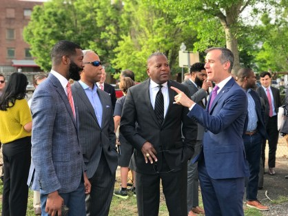 A Meeting of the mayors from Birmingham; Columbia, S.C.; and Los Angeles took place as part of the opportunity zone initiative announcement. (Michael Tomberlin / Alabama NewsCenter)