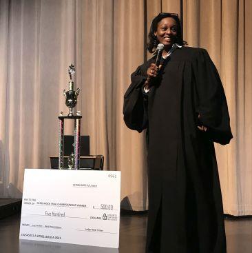 Tinker gave the winning school $500. (Donna Cope/Alabama NewsCenter)