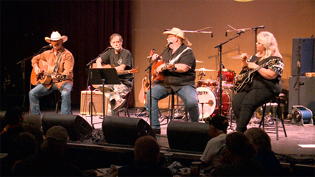Nashville songwriters at WorkPlay show in Birmingham bring attention to vets' plight