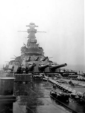 The deck of the battleship USS Alabama during a snowstorm in January 1943. (From Encyclopedia of Alabama)