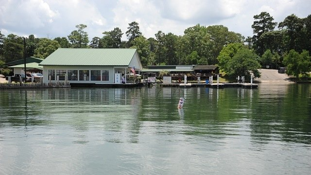 Lake Martin waterfront home sales up 5.7% from one year ago
