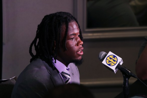 Crimson Tide wide receiver Jerry Jeudy talks to the media at SEC Media Days 2019. (Bruce Nix / Alabama NewsCenter))