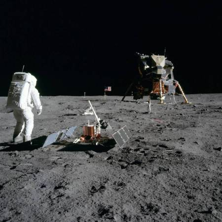 Astronaut Buzz Aldrin with a seismometer on the Moon's surface. (NASA)