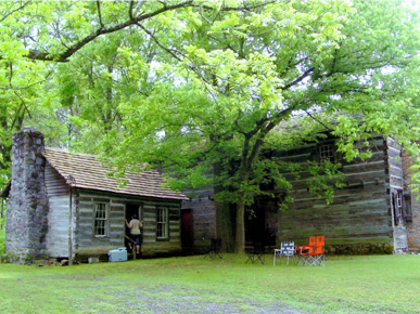 An excellent example of pioneer architecture in Alabama, the John Looney Pioneer House Museum was built in Ashville in 1820 and may be the oldest dogtrot log house in the state. (From Encyclopedia of Alabama, courtesy of The Birmingham News)