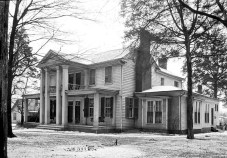 The George S. Houston House at 101 Houston Street in Athens, Limestone County, as photographed for the Library of Congress in March 1934. The home was built in 1834 and owned in the 1840s by Houston, who served as Alabama governor from 1874-78. (From Encyclopedia of Alabama, courtesy of the Library of Congress)