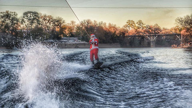 Christmas On The Coosa 2020 Can't Miss Alabama celebrates the season at Christmas on the Coosa