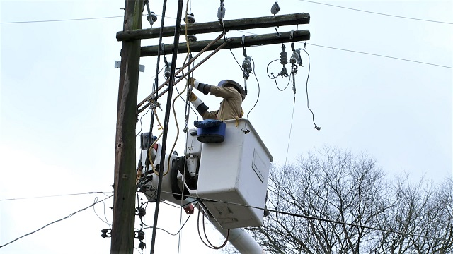 Alabama Power making significant progress toward restoring service to all customers