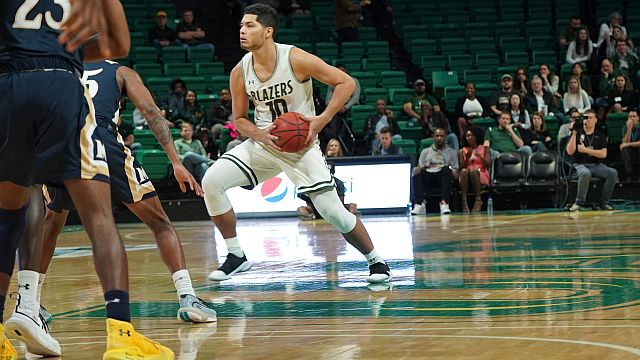 UAB basketball player back on court after beating cancer