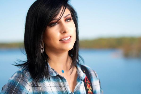 "Jessica Meuse is an Alabama Music Maker enjoying her post-""American Idol"" journey. (Phil Free / Alabama NewsCenter)"