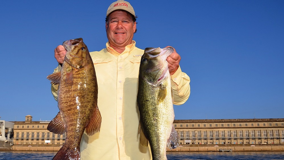 Anglers tempt bass with live bait on Alabama's Pickwick Lake