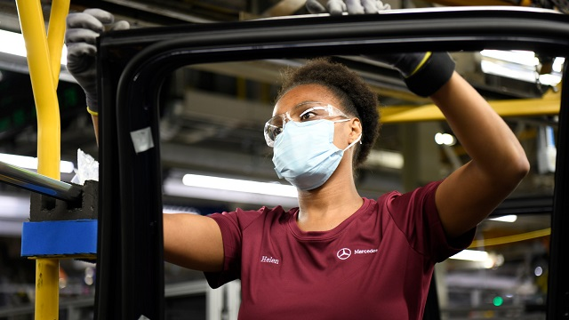 Mercedes-Benz safely resumes operations at its Alabama auto plant