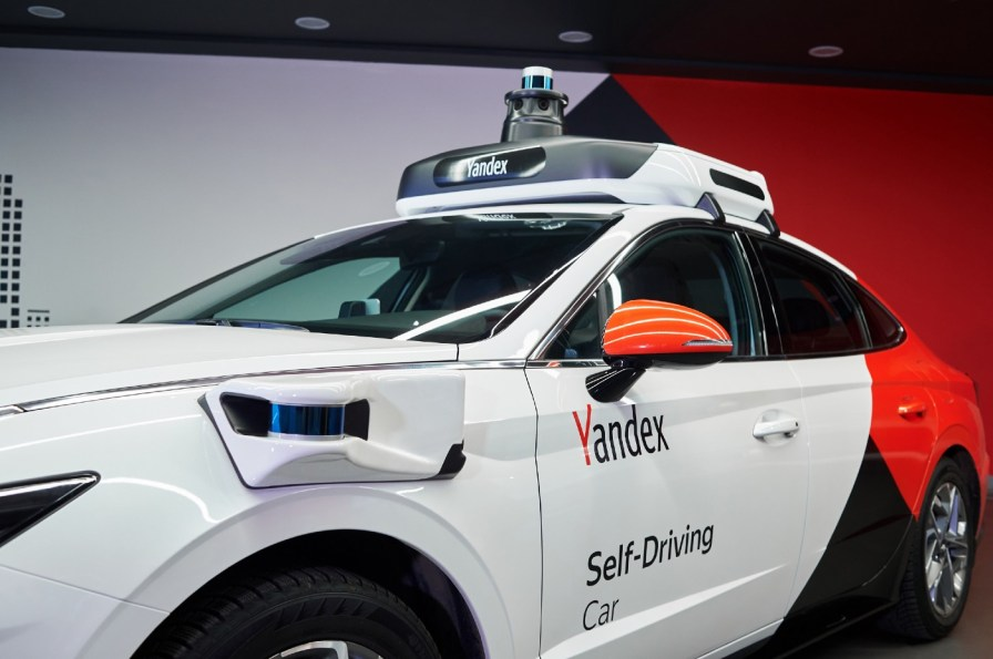 Hyundai Sonatas will play a big role in Yantex's self-driving fleet of cars. (Yandex)