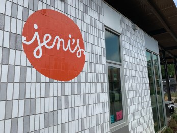 Jeni's Ice Creams at Pepper Place. (Ike Pigott/Alabama NewsCenter)