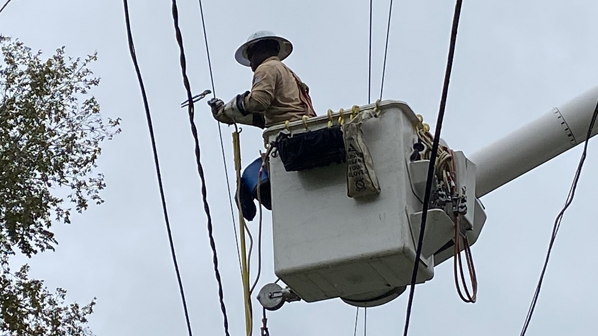 Alabama Power focuses on restoring outages caused by Hurricane Sally