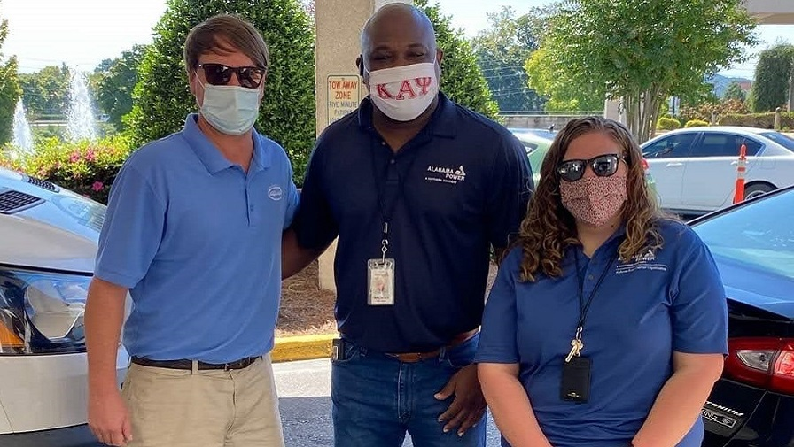 Gadsden, Anniston Alabama Power employees say 'thanks' to health care workers