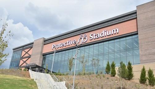 Η είσοδος στο γήπεδο του γηπέδου για το προστατευτικό γήπεδο.  (Solomon Crenshaw Jr. / Alabama NewsCenter)
