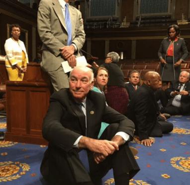 lawmakers stage gun vote sit-in