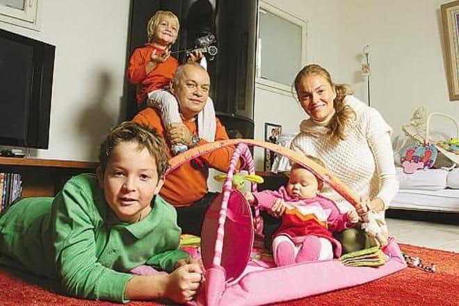 Дмитрий Киселв биография личная жизнь семья жена дети фото