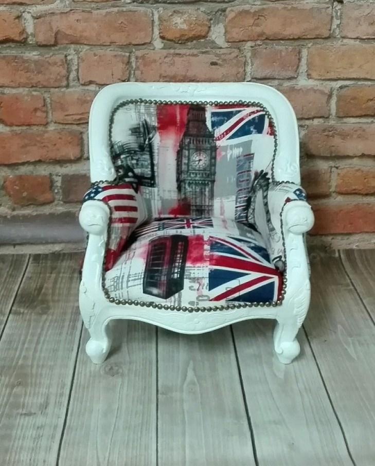 Fotel dziecięcy stylowy z londyńską tapicerką