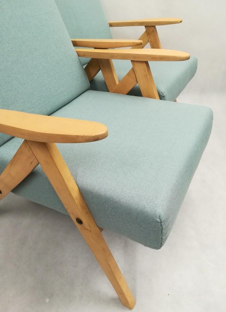 Fotele PRL po odnowieniu drewna i tapicerki