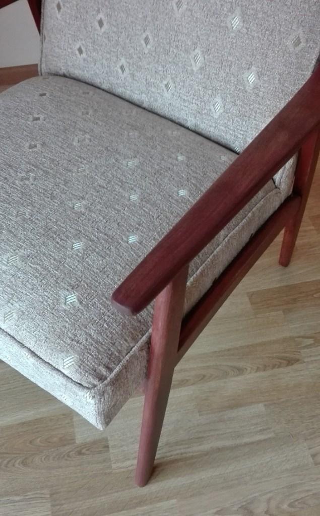 Odnowiony fotel PRL