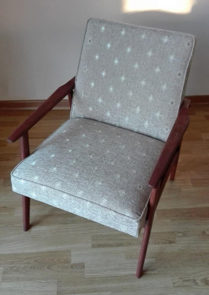 Fotel  PRL LIS po renowacji
