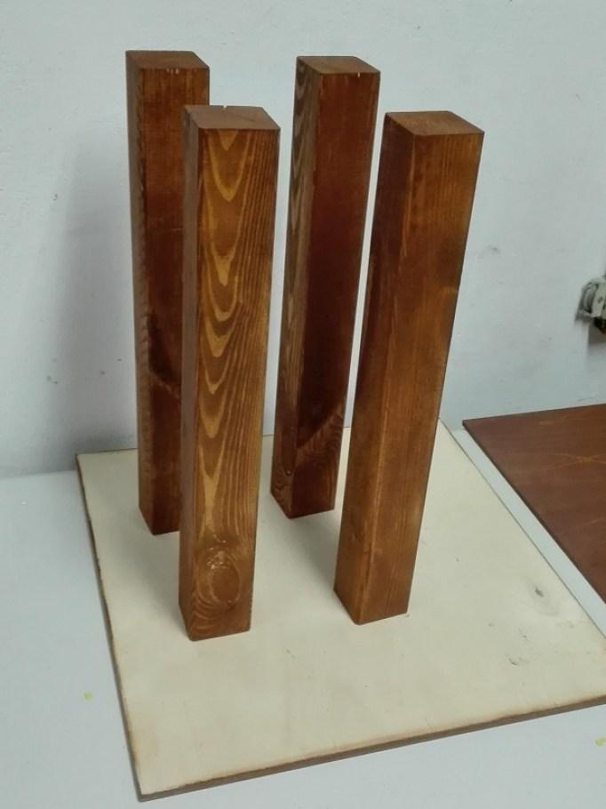 Zmiana koloru drewna - bejcowanie