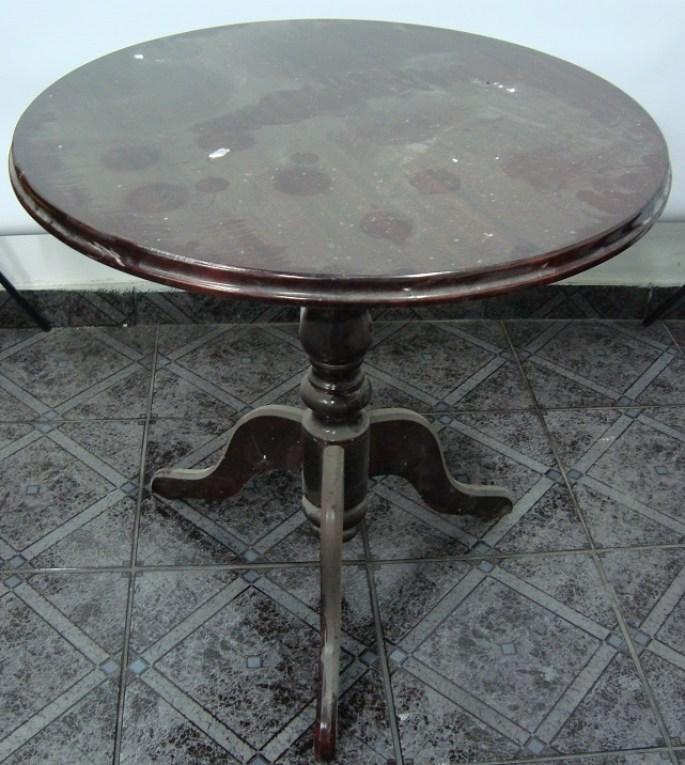 Stolik okrągły na trójnogu do renowacji