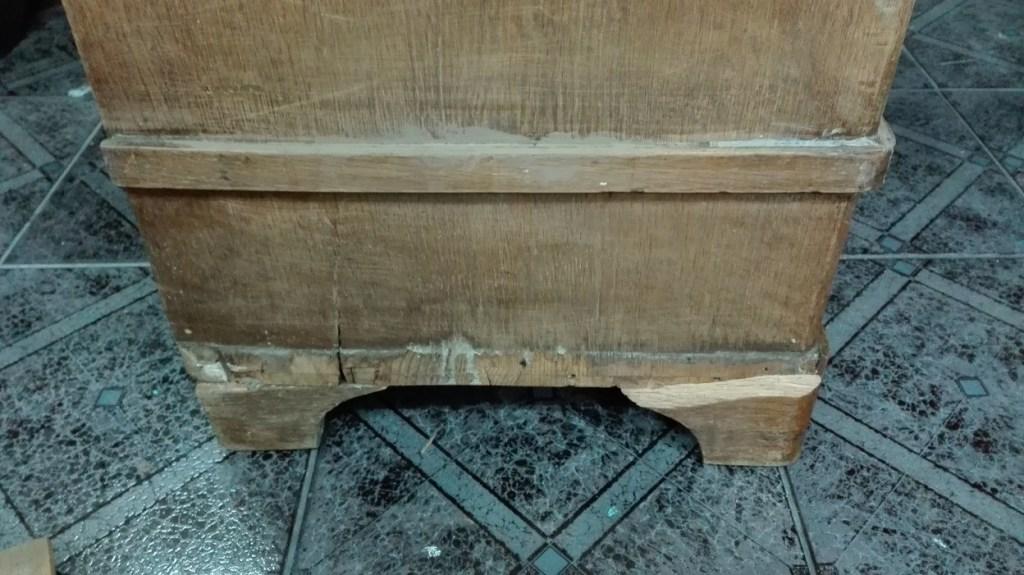 Renowacja starej szafy