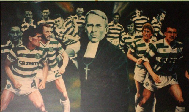 Mural con Brother Walfrid y leyendas del Celtic