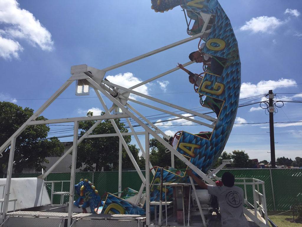 Canoa Renta de juegos de ferias  Juegos mecnicos