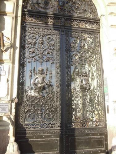 Budapest szépségei kovácsoltvas kapu