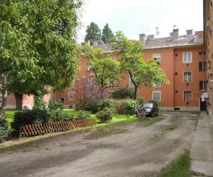 Eladó 52 négyzetméteres, 2 szobás lakás pesterzsébeti téglaházban