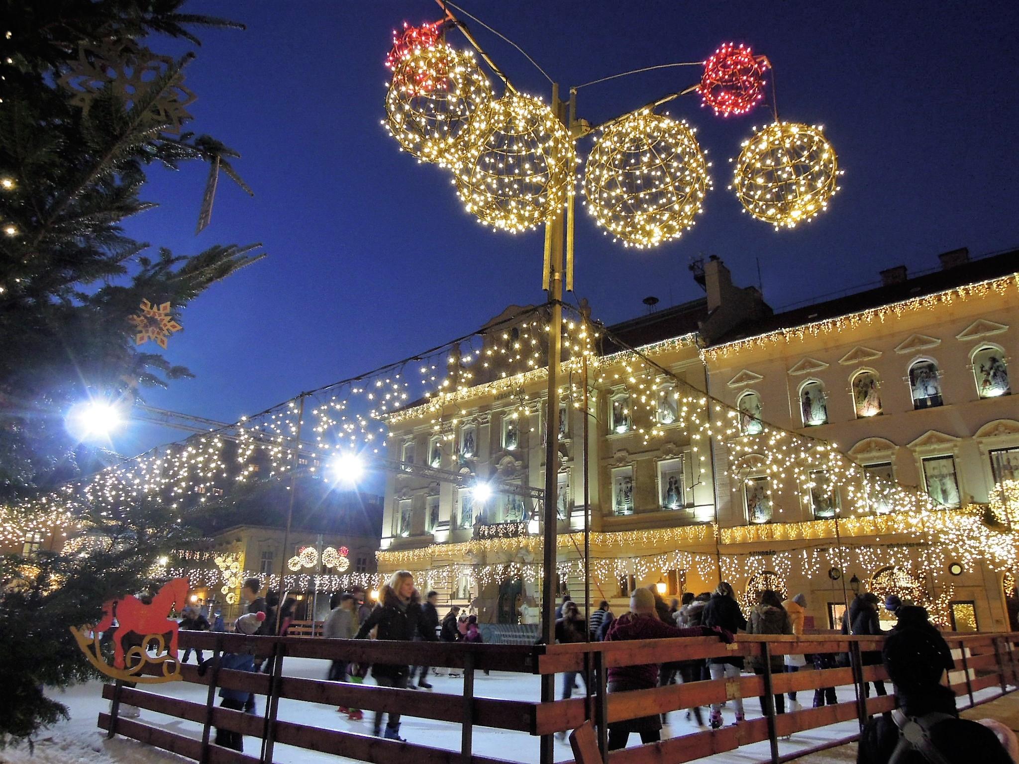 Óbuda Fő tér karácsonyi vásár