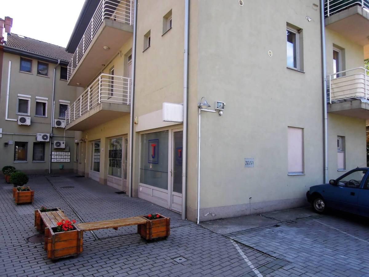 eladó 30 nm-es iroda Gödöllő-http://alacsonyjutalek.hu/ - Megbízható, megfizethető, minőségi ingatlanközvetítő iroda.