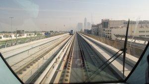 Dubai metro légkondicionált gyors
