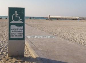 Dubai mozgássérült strand tenger