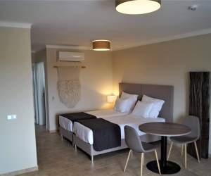 Eladó nagy stúdió apartman-Algarve-Portugália