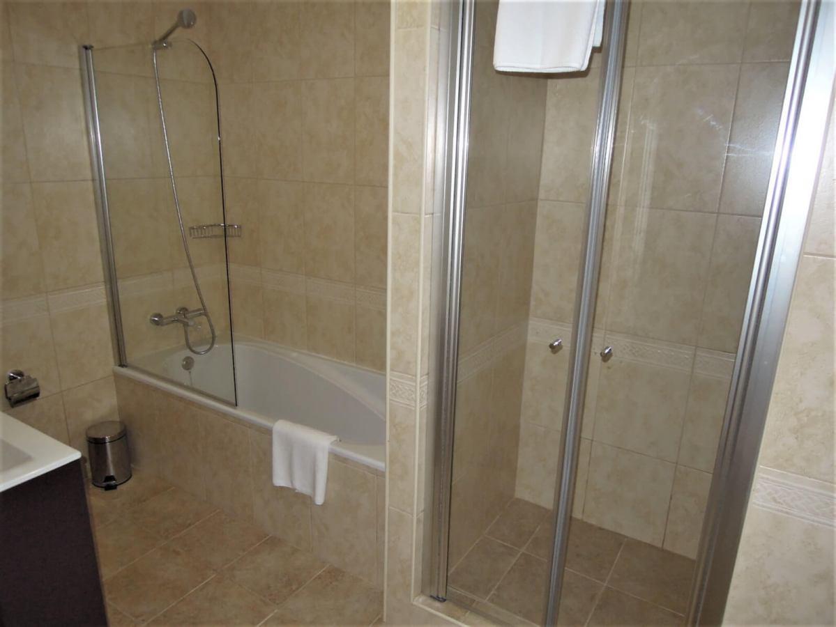Eladó 2-hálószobás triplex-Portugália-Lagos-http://alacsonyjutalek.hu/ - Megbízható, megfizethető, minőségi ingatlanközvetítő iroda-tel: 36-30-9843-962