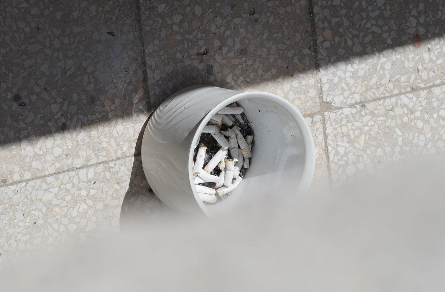 Legyenek dohánymentes lakóparkok, társasházak, kerületek