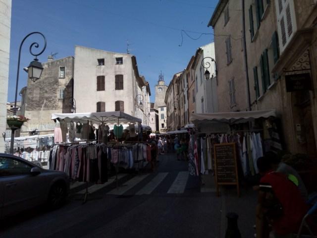 Día de mercado en Lorgues