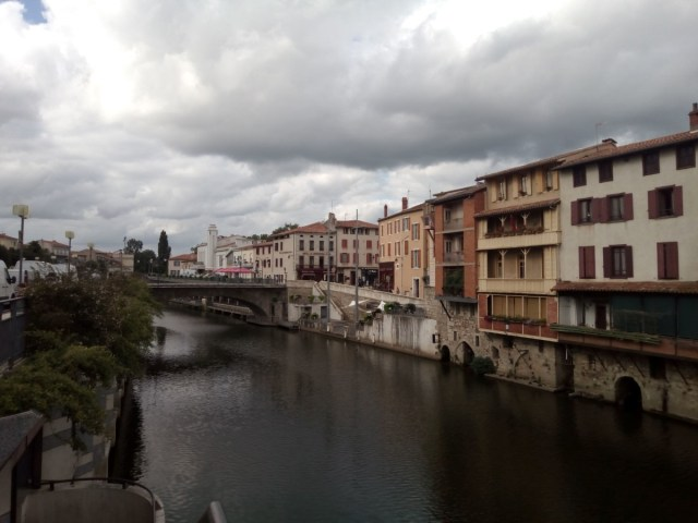 El Río Agout en Castres me recordaba al Arno en Florencia