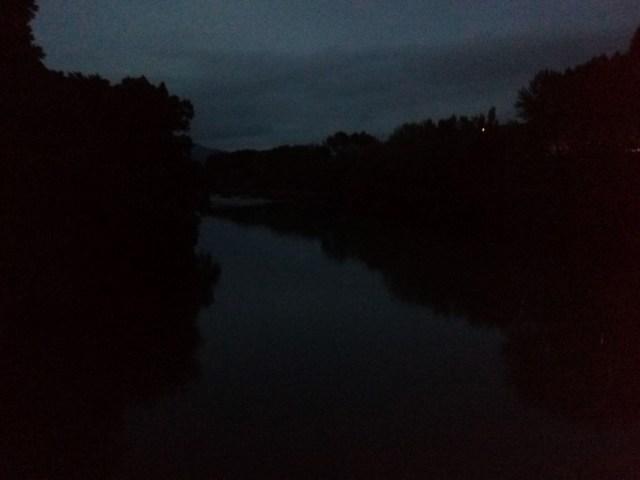 Cruzando el Río Aragón