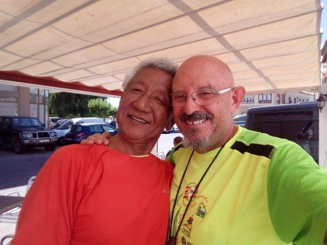 El peregrino coreano Joo Woo Sung, que se me perdió en Francia