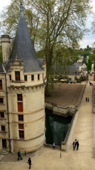 Six Châteaux on the Loire: Azay-le-Rideau - A Lady In France