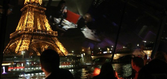 Tips for Parisian Dining on the Seine
