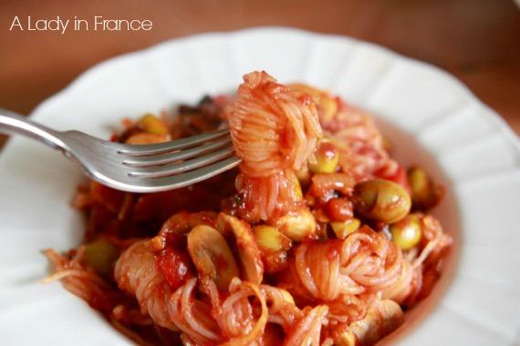 Konjac Pasta with Olive-Tomato Sauce