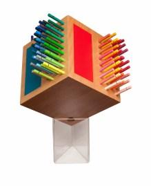 Le Cube en version pot de crayon par le Street-Artiste et graffeur parisien YEEEMD