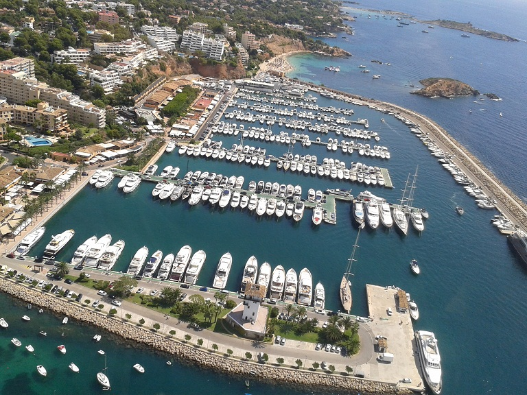 my island adventure discovering majorca by helicopter road and 1 5 million luxury yacht. Black Bedroom Furniture Sets. Home Design Ideas